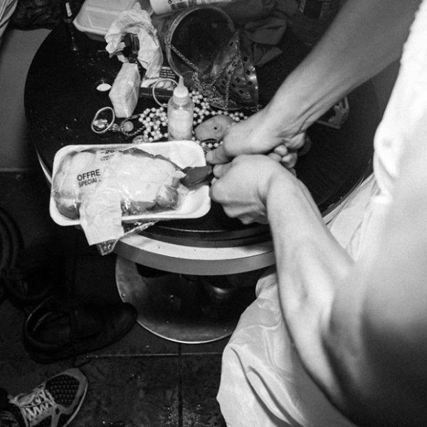 La Toilette XXXY La Bonne Education – Le Depot (23)