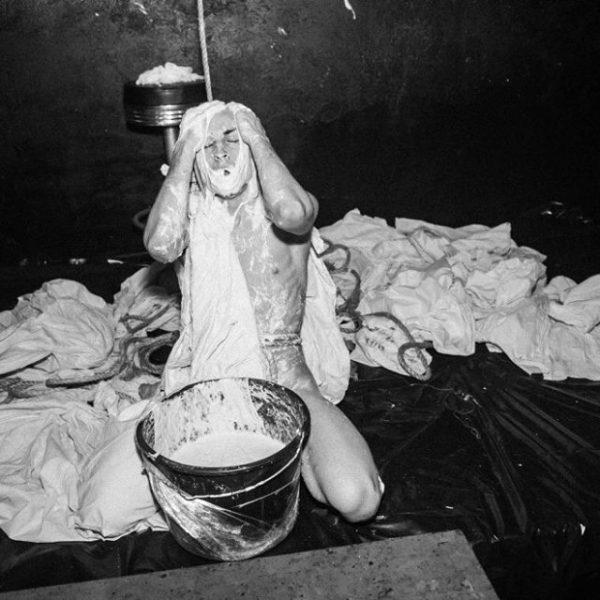 La Toilette XXXY La Bonne Education – Le Depot (47)